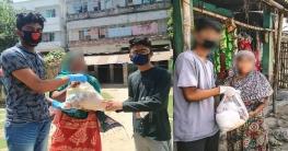 রাজশাহীতে দরিদ্রদের বাড়িতে খাদ্য হাতে উদ্যমী তরুণরা