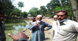 মোহনপুরের অবহেলিত আমগাছি গ্রামকে এগিয়ে নিতে চান মোজাম্মেল মেম্বার