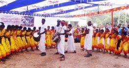 রাজশাহীতে উরাও ও পাহাড়িয়াদের সাংস্কৃতিক প্রতিযোগিতা