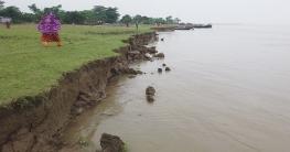 রাজশাহীতে নদী ভাঙন ও করোনায় বিপর্যস্ত চরের অর্থনীতি
