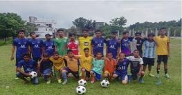 বাগমারার ভবানীগঞ্জে চাঁনপাড়া ফুটবল একাডেমীর উদ্বোধন