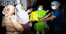 রাজশাহীতে অসহায়দের মাঝে খাদ্য বিতরণ করেন আ.লীগ নেতা বেন্টু