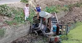 দুর্গাপুরে ট্রলি উল্টে ১২জন নির্মাণ শ্রমিক আহত