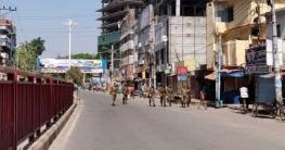 করোনা ভাইরাস ঠেকাতে রাজশাহীর রাস্তায় কঠোর অবস্থানে সেনাবাহিনী